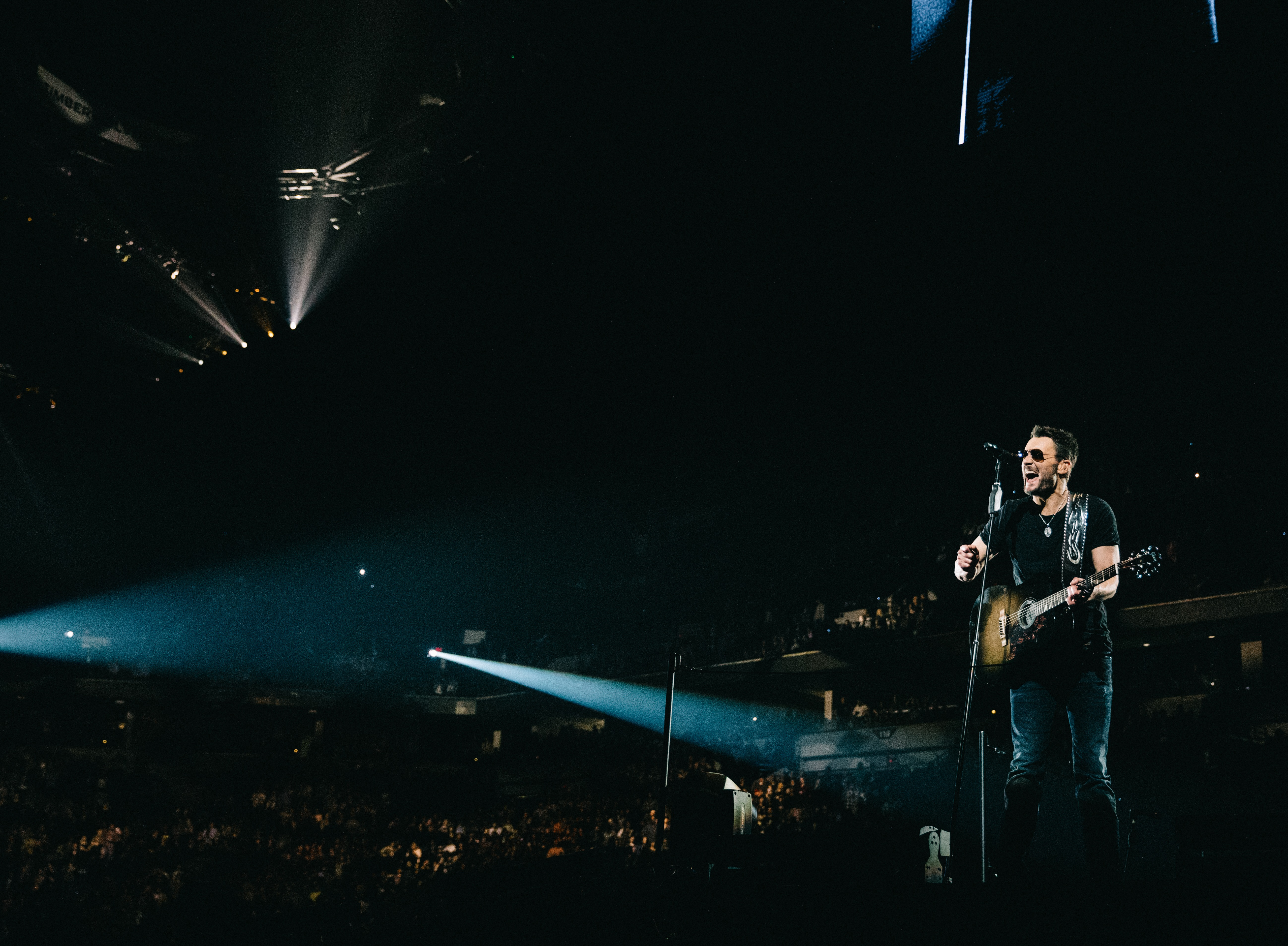 Eric Church Is Holdin' His Own On 2017 Headlining Tour
