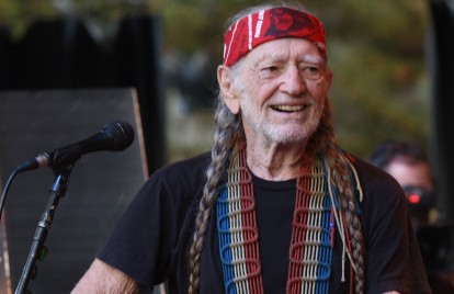 Willie Nelson Cancels Several Shows Due Illness