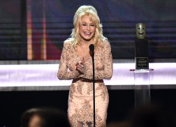 Dolly Parton Steals the Show at the 23rd Screen Actors Guild Awards