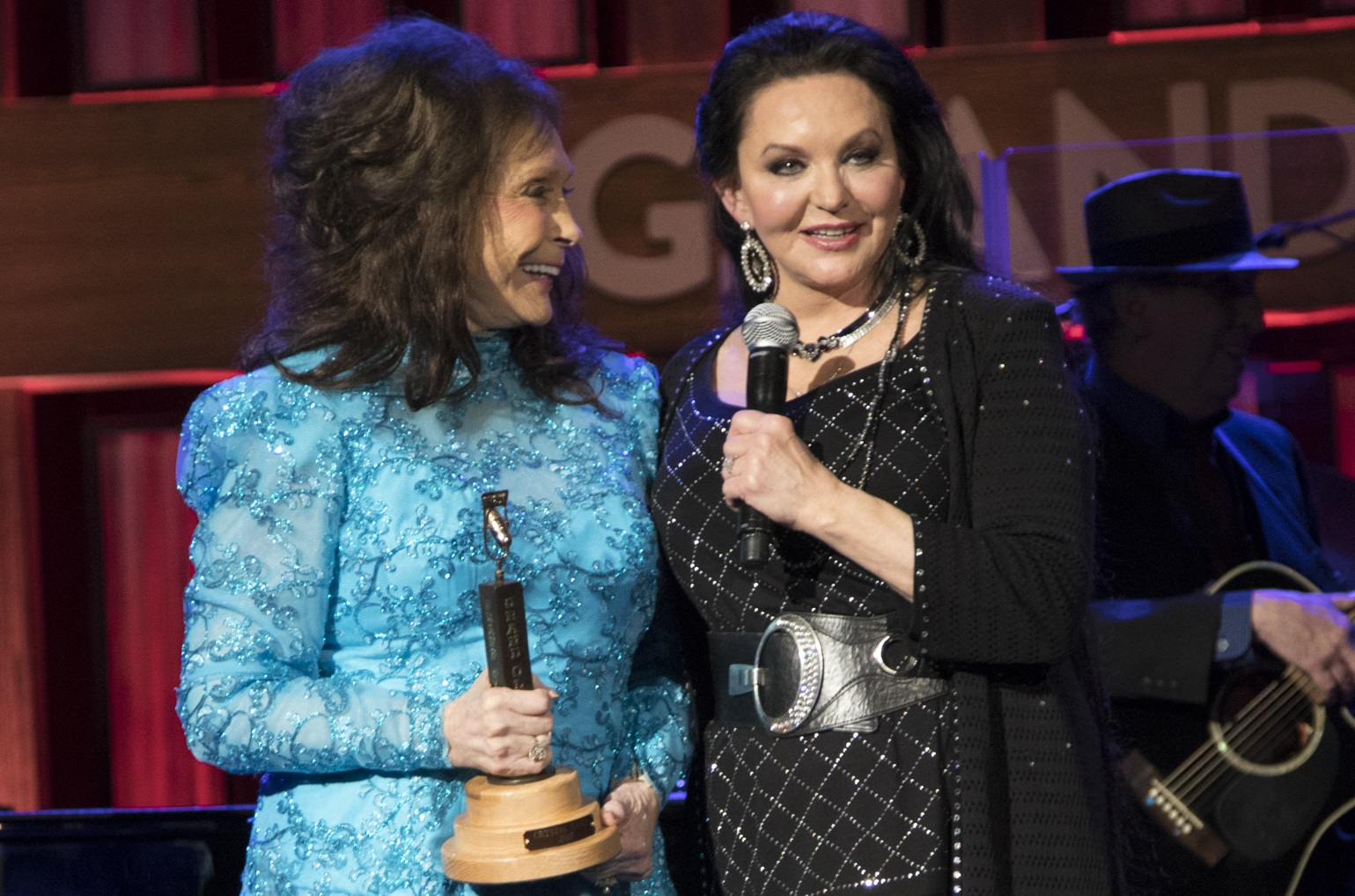 Loretta Lynn, Crystal Gayle; Photo by Chris Hollo for Grand Ole Opry