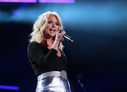 Miranda Lambert, Thomas Rhett & More Join 3rd Annual Country LakeShake Festival