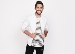 Thomas Rhett is the 'Star of the Show' with His Seventh No. 1 Hit