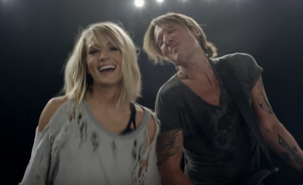 Keith urban and carrie underwood debut fun and flirty for Carrie underwood and keith urban duet