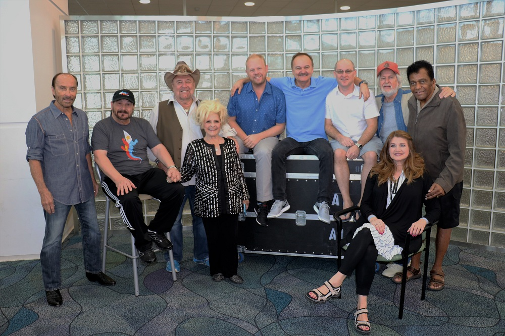 Oak Ridge Boys, Vince Gill and Lee Greenwood Lead the Fun on the Country Music Cruise