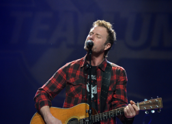 Dierks Bentley Taking the Day Off to Celebrate Independence Day