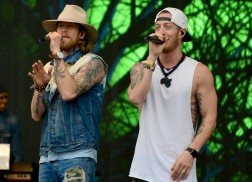 Florida Georgia Line Leads Country Nominees for 2017 Billboard Music Awards