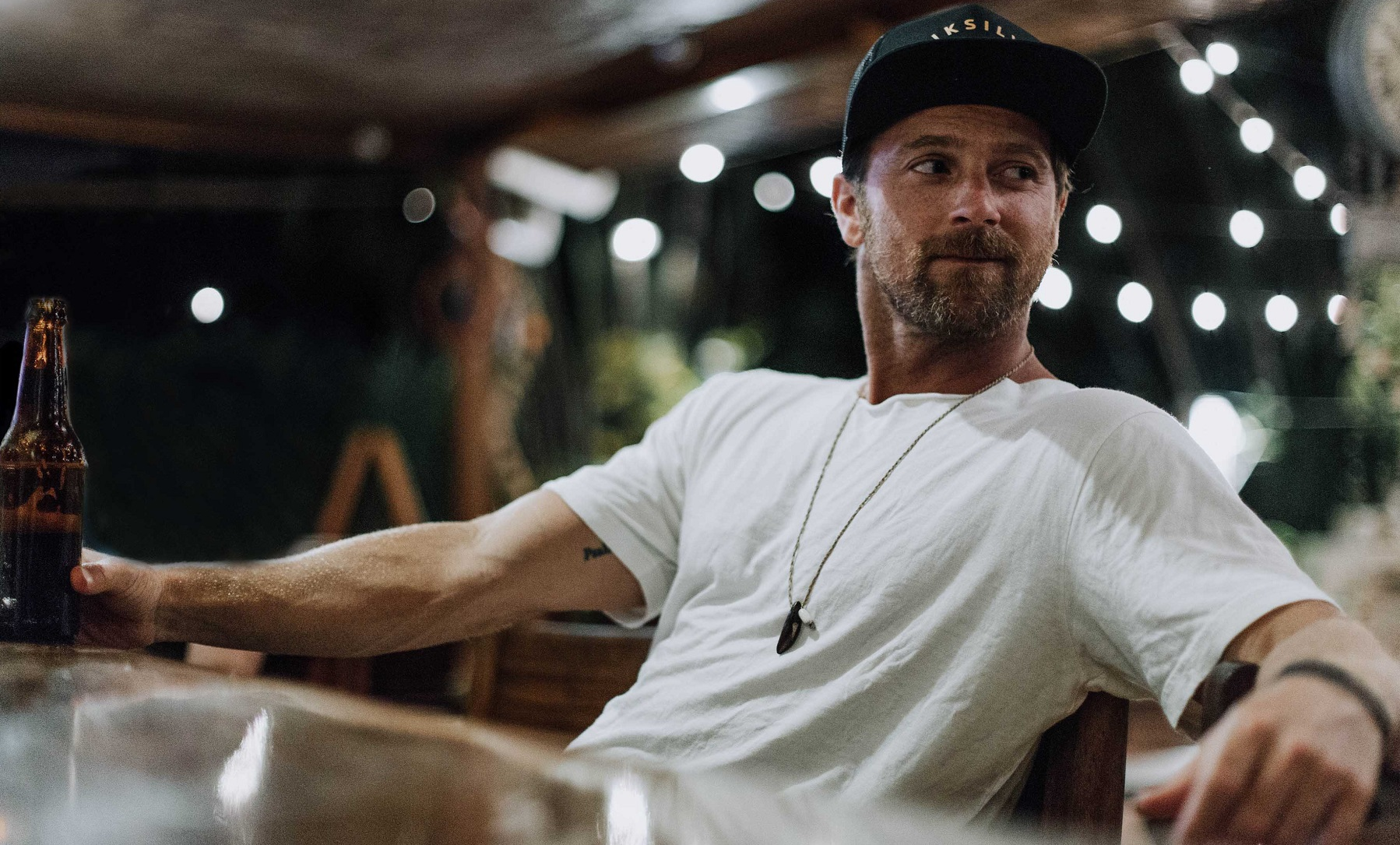 How Kip Moore's Soul-Searching Travels Led Him to 'SLOWHEART'