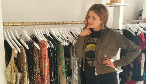 WATCH: Carly Pearce Searches for the Perfect Dress for ACM Awards