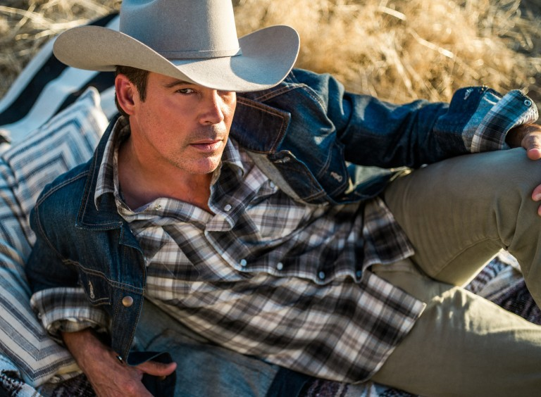 Clay Walker to Host 8th Annual Chords of Hope Benefit Concert