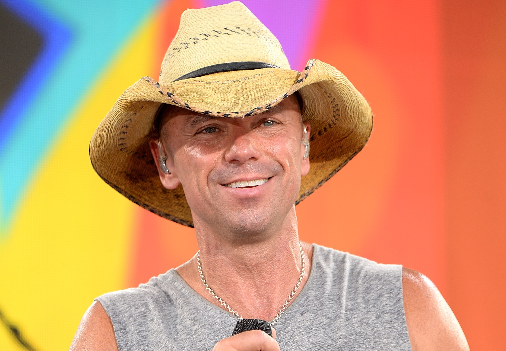 10 Essential Kenny Chesney Songs Sounds Like Nashville