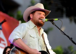 Randy Rogers and Wife Welcome Newborn Daughter