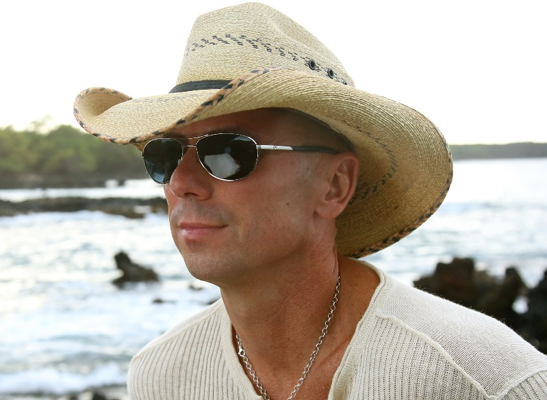 Kenny Chesney Picks His Ultimate Summer Playlist for No Shoes Nation 5dc94755601