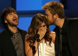 Remember the Time Little Big Town Presented Lady Antebellum With Their First ACM Award?