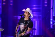 Brad Paisley Parodies #420Songs on 'The Tonight Show'