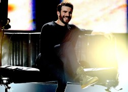 Sam Hunt Performs 'Body Like a Back Road' Live for the First Time at the ACM Awards