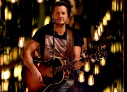 Luke Bryan Slows Things Down with 'Fast' Performance at ACM Awards