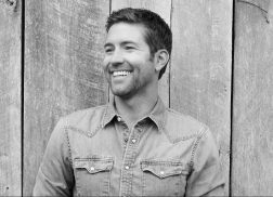 Josh Turner Makes It All About the Fans in New Music Video