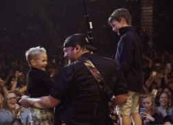 Lee Brice Surprised By His Sons on Stage While Performing 'Boy'