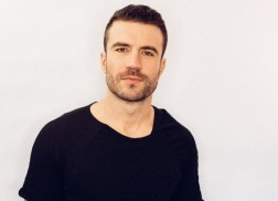 Sam Hunt Drives Into No. 1 Hit with 'Body Like a Back Road'