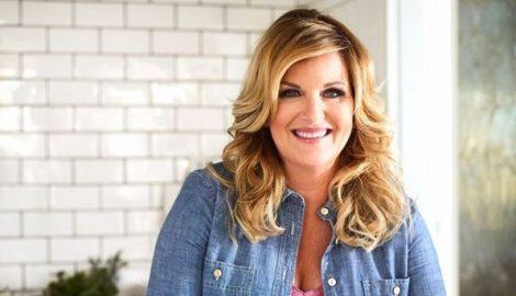 Trisha Yearwood Debuts Williams Sonoma Product Line