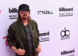 Billy Ray Cyrus Clears Up Confusion About Name Change