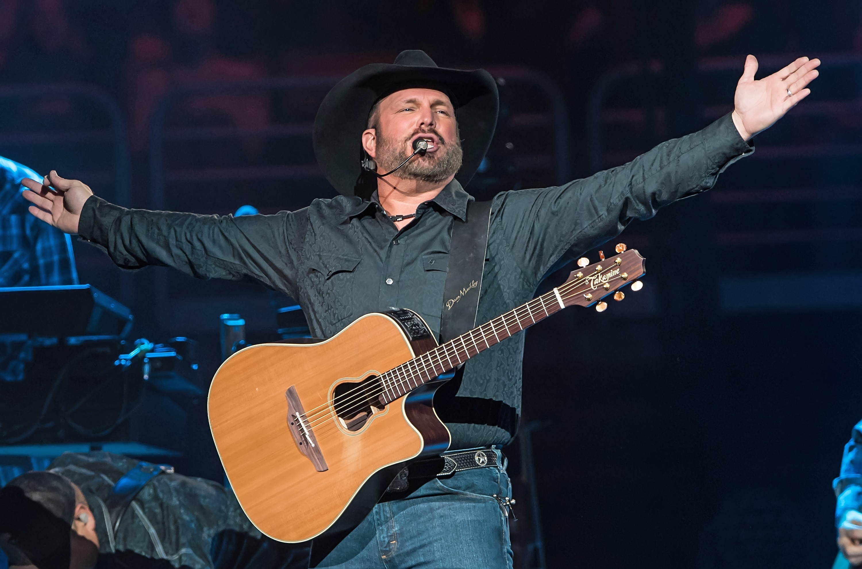 Garth Brooks Nabs First No.1 in 10 Years With 'Ask Me How I Know'