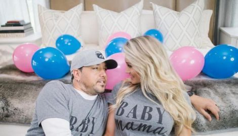 Jason Aldean and Brittany Kerr: Pregnant