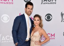 Jessie James Decker, Jackie Lee & More Join City of Hope Celebrity Softball Game