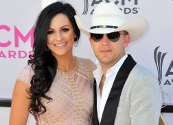Justin Moore Praises Wife for Keeping Family Together
