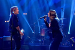 Keith Urban 'Spices' Up 'The Fighter' Performance with Spice Girls' Melanie C