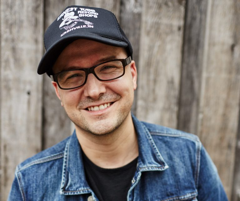 The Writers Round with Luke Laird
