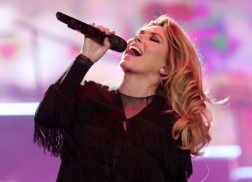 Shania Twain's Diamond-Selling Career Documented in Country Music Hall Of Fame Exhibit
