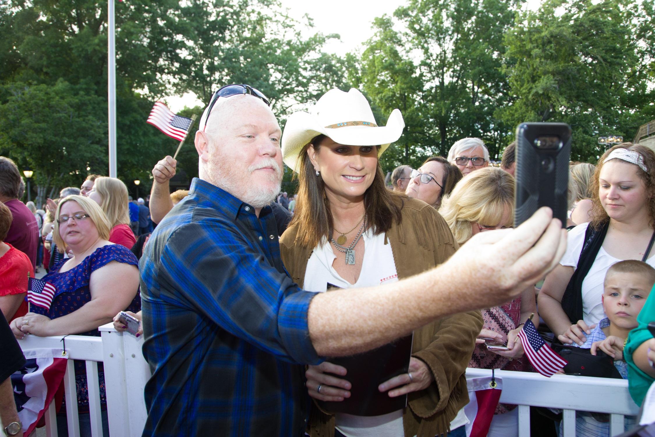 Terri Clark; Photo courtesy Schmidt Relations