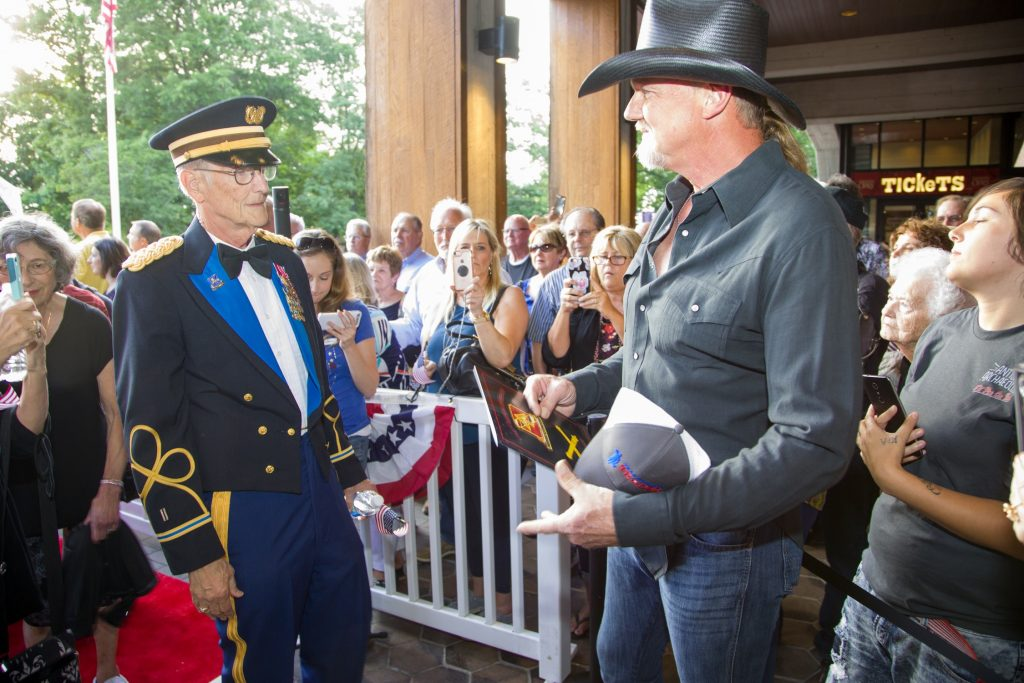 Grand Ole Opry S Salute The Troops Show Has Personal
