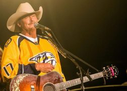 Alan Jackson to Put on Free Concert Before Game Three of Stanley Cup Final