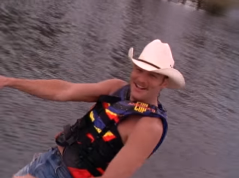 d9e5e50998502 Throwback to the Time Alan Jackson went Water Skiing in Blue Jeans ...