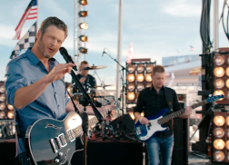 Blake Shelton to Reprise Role in NASCAR Opening Theme