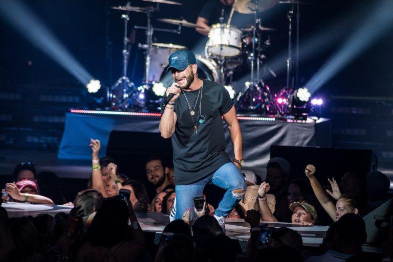 Chris Lane to Make Laps Around the Country with Headlining Tour