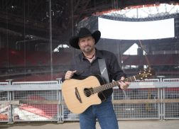 Garth Brooks to Host Inaugural Concert at Mercedes-Benz Stadium in Atlanta