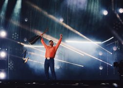 Garth Brooks Makes Surprise Appearance at Night One of CMA Fest 2017