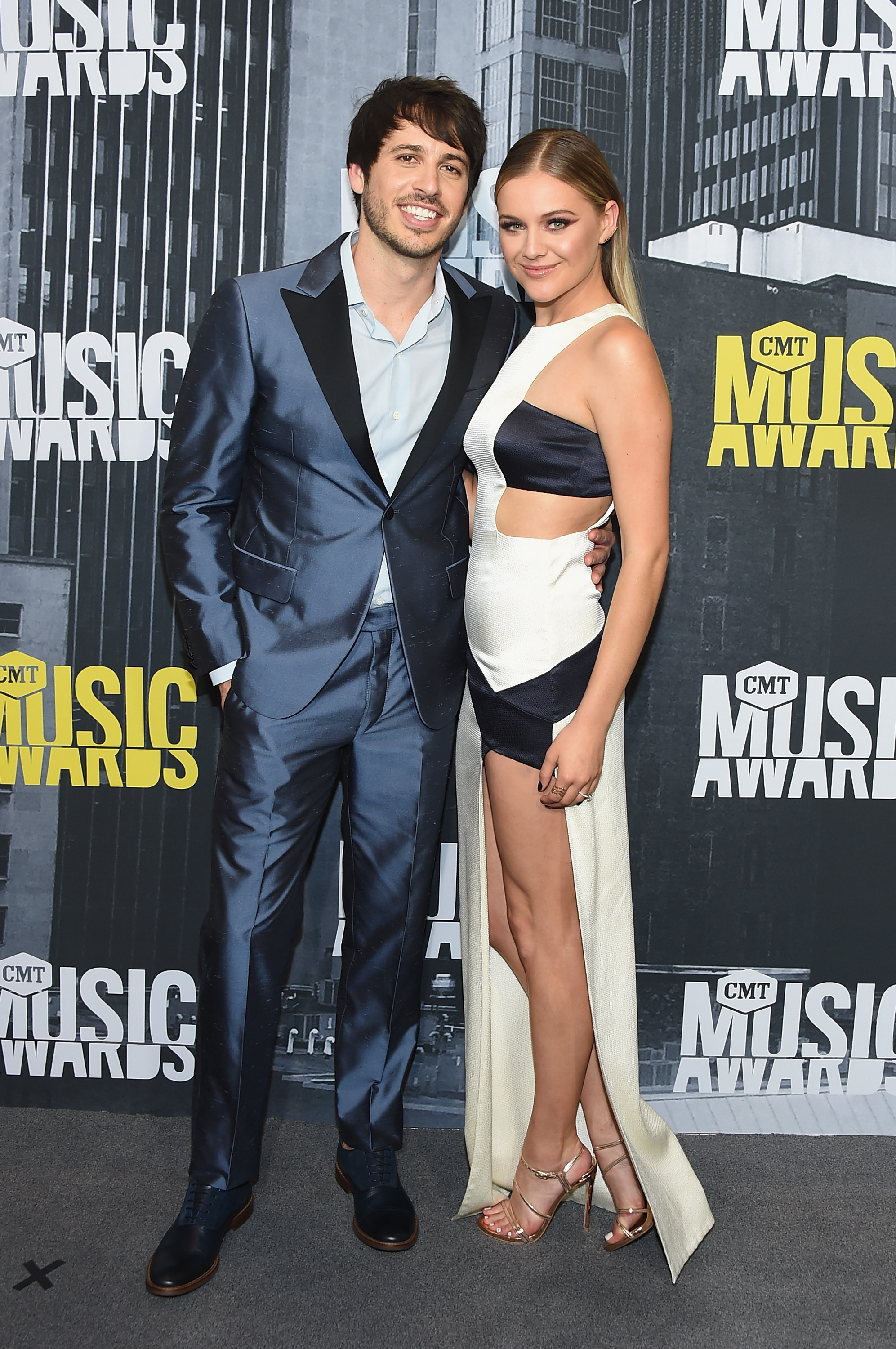 NASHVILLE, TN - JUNE 07: Singer-songwriters Morgan Evans and Kelsea Ballerini attend the 2017 CMT Music Awards at the Music City Center on June 7, 2017 in Nashville, Tennessee. (Photo by Michael Loccisano/Getty Images For CMT)