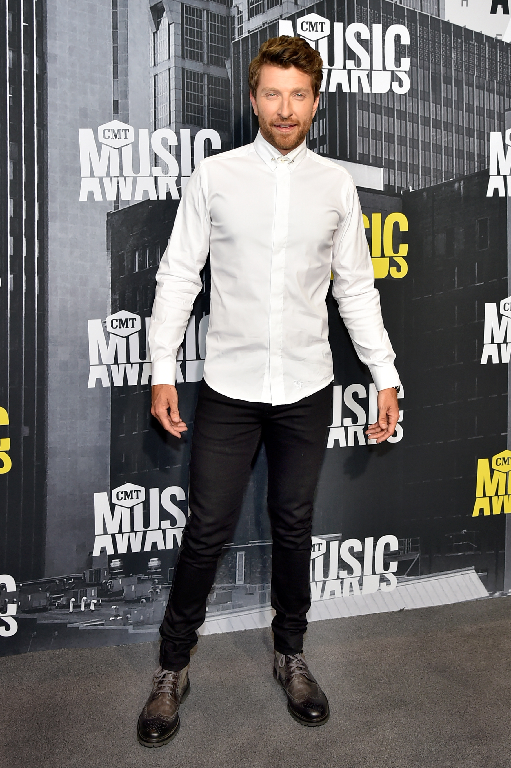 NASHVILLE, TN - JUNE 07: Singer-songwriter Brett Eldredge attends the 2017 CMT Music Awards at the Music City Center on June 7, 2017 in Nashville, Tennessee. (Photo by Mike Coppola/WireImage)