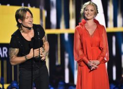 Keith Urban Rakes in Male Video of the Year Honor at 2017 CMT Awards