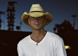 Kenny Chesney Enlists College Students to Create 'All The Pretty Girls' Video