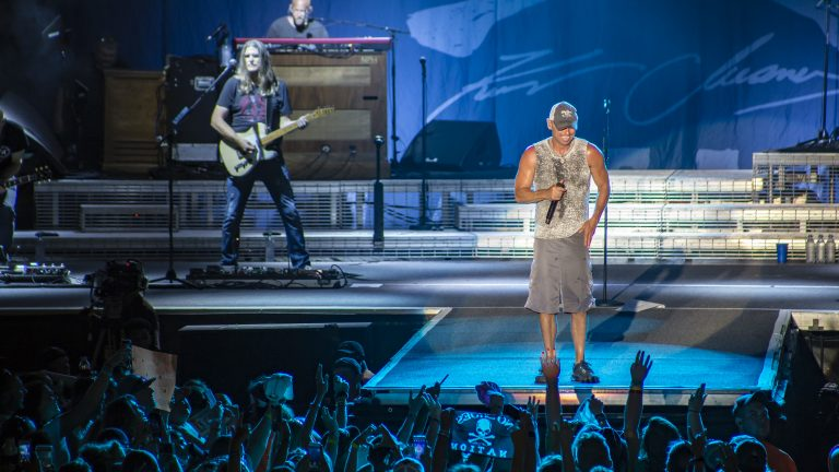 Kenny Chesney, Jason Aldean & More Play Growing Carolina Country Music Fest