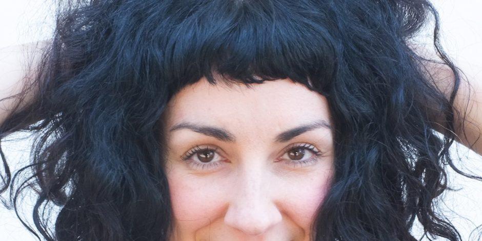 The Writers Round with Laura Veltz