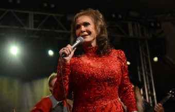 Loretta Lynn Cancels Additional Tour Dates