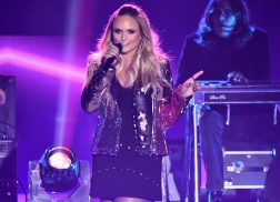 Miranda Lambert Shows Her Sassy Side with 'Pink Sunglasses' at CMT Awards