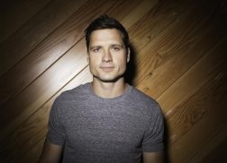 Walker Hayes Misses Lost Love in 'Shut Up Kenny'