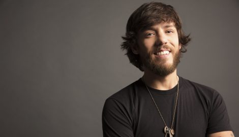 Chris Janson Delivers Compelling Message with 'Drunk Girl'